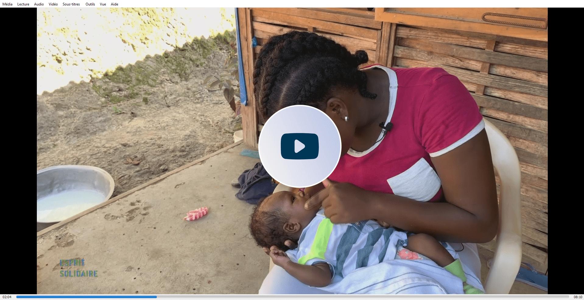Projet de santé d'Enfants du Monde en faveur des femmes enceintes et mères en Haïti.